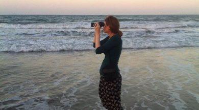 bron loves the beach