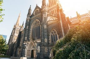 St-Patricks-Cathedral-Melbourne-2.jpg