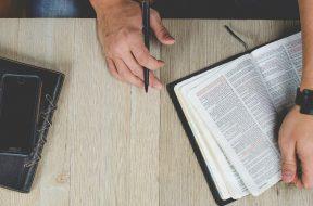 bible-study-2.jpg