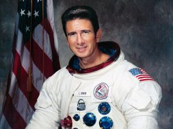 Jim_Irwin_Apollo_15_.jpg