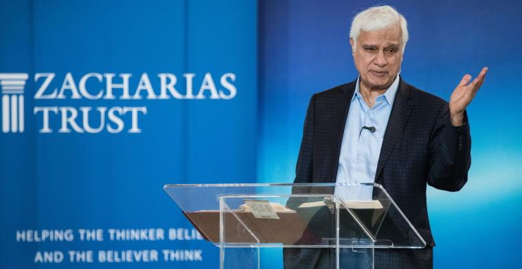 photo of ravi zacharias standing a lectern speaking